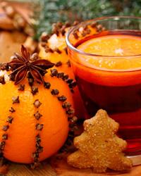 Рецепт Рождественского чая с корицей, анисом, кардамоном и апельсином