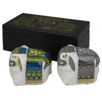Набор из 2 фарф слонов в дерев шкатулке арт 10-055
